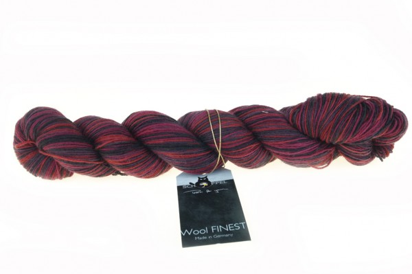 Wool FINEST 2323_ Rosenkavalier 100% Schurwolle (Merino fine, superwash)